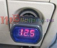 Цифровой волтьметр в прикуриватель